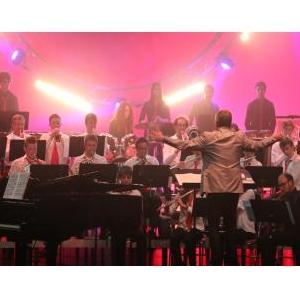 affiche-concert-avec-Vannes_300x300_acf_cropped